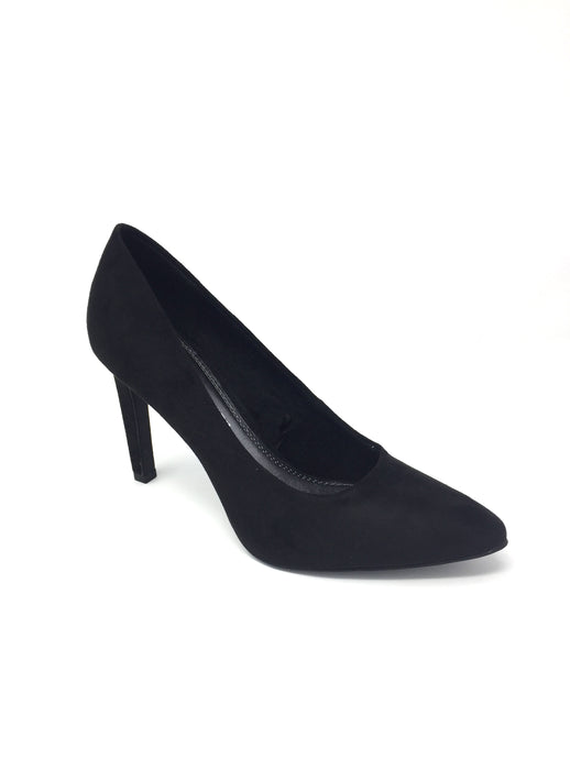 Court Shoe with Slight Point on Toe