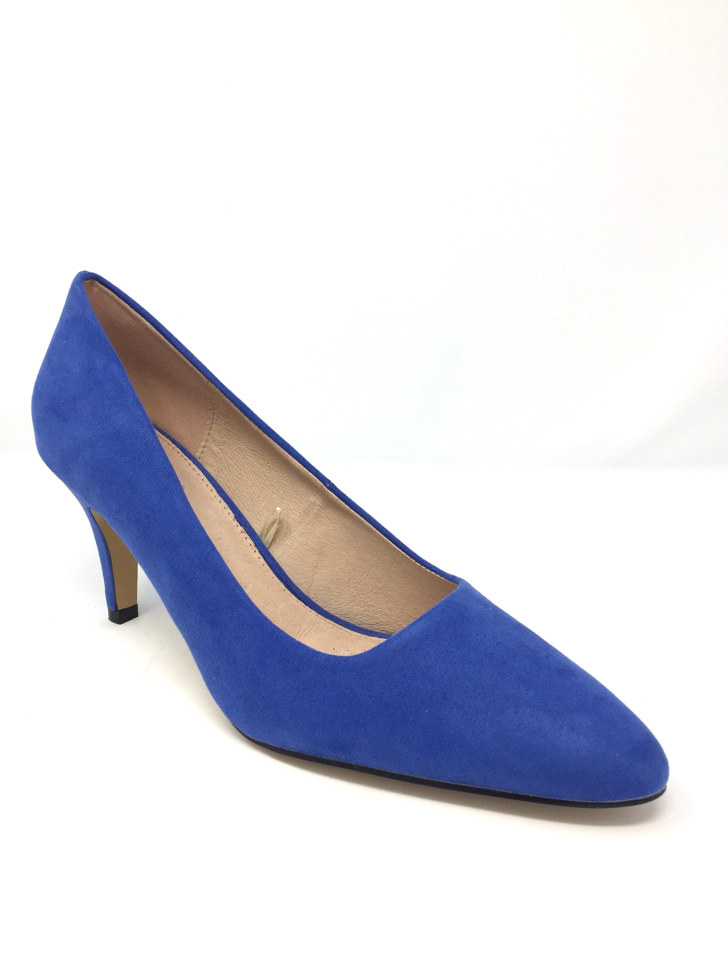 Holly Court Shoe with Contrast Sole