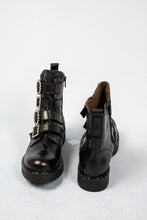 Load image into Gallery viewer, L163NANP Tessa Marco Moreo Black Leather Ankle Boots for sale online ireland
