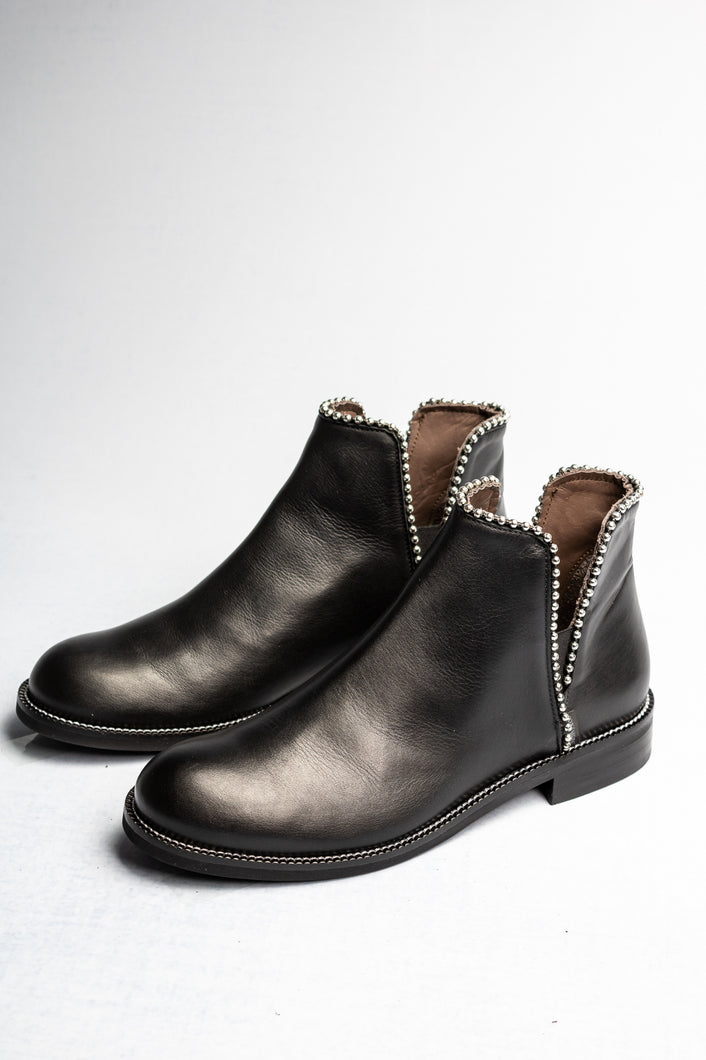 L623 Marco Moreo Leather Ankle Boots with Triangle Stud Black for sale online ireland