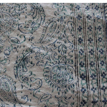 Load image into Gallery viewer, Kantha Quilt /bedspread Blue and green Crown -Queen - Decor Mantra