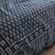 Load image into Gallery viewer, Indigo Kantha quilt - Pine Cone