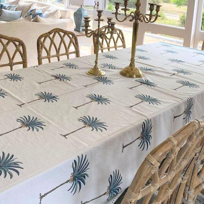outdoor tablecloths