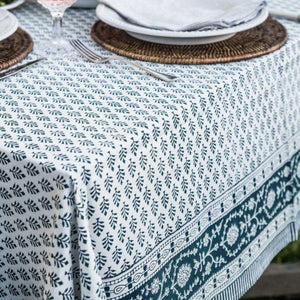 6 seater tablecloth