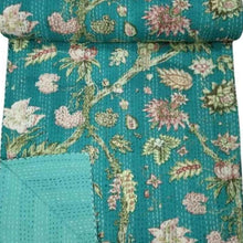 Load image into Gallery viewer, green kantha quilt