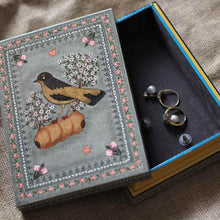 Load image into Gallery viewer, handpainted jewelry box