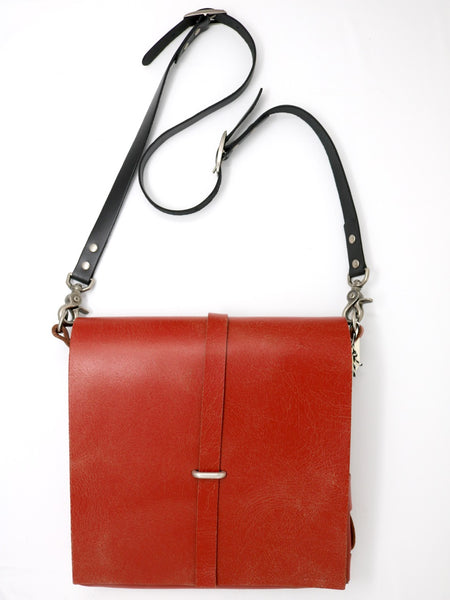 Dean UB03 Towner Bag in Red Leather