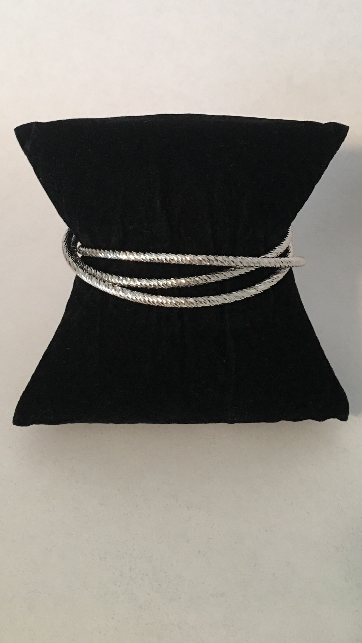 Bangle Rhodium Plated Diamond Cut triple slip on.