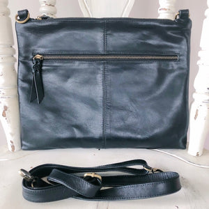 Bag Envy Black Leather Handbag