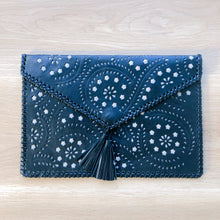 Load image into Gallery viewer, Boho Clutch in Black