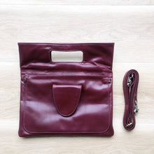 Load image into Gallery viewer, Classic Clutch in Burgundy