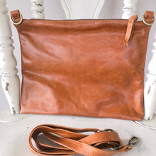 Load image into Gallery viewer, Dark Tan Leather Handbag