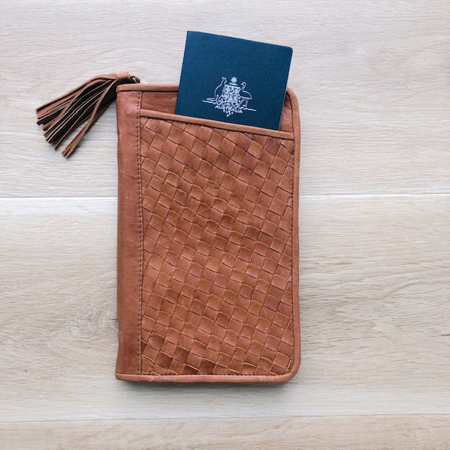 Cross Stitch Leather Travel Wallet in Vintage Tan