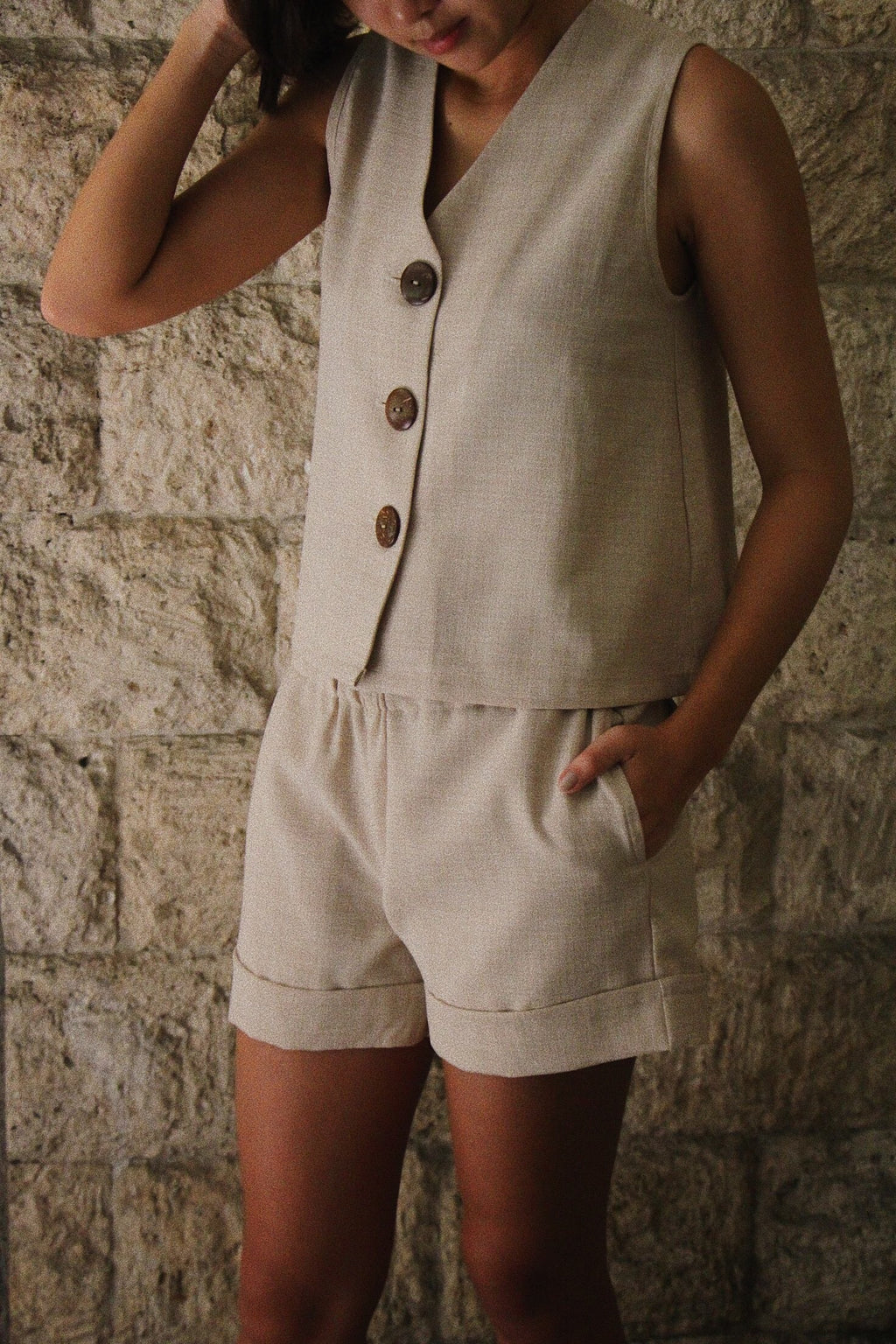 Juntos Sleeveless Top in Oat