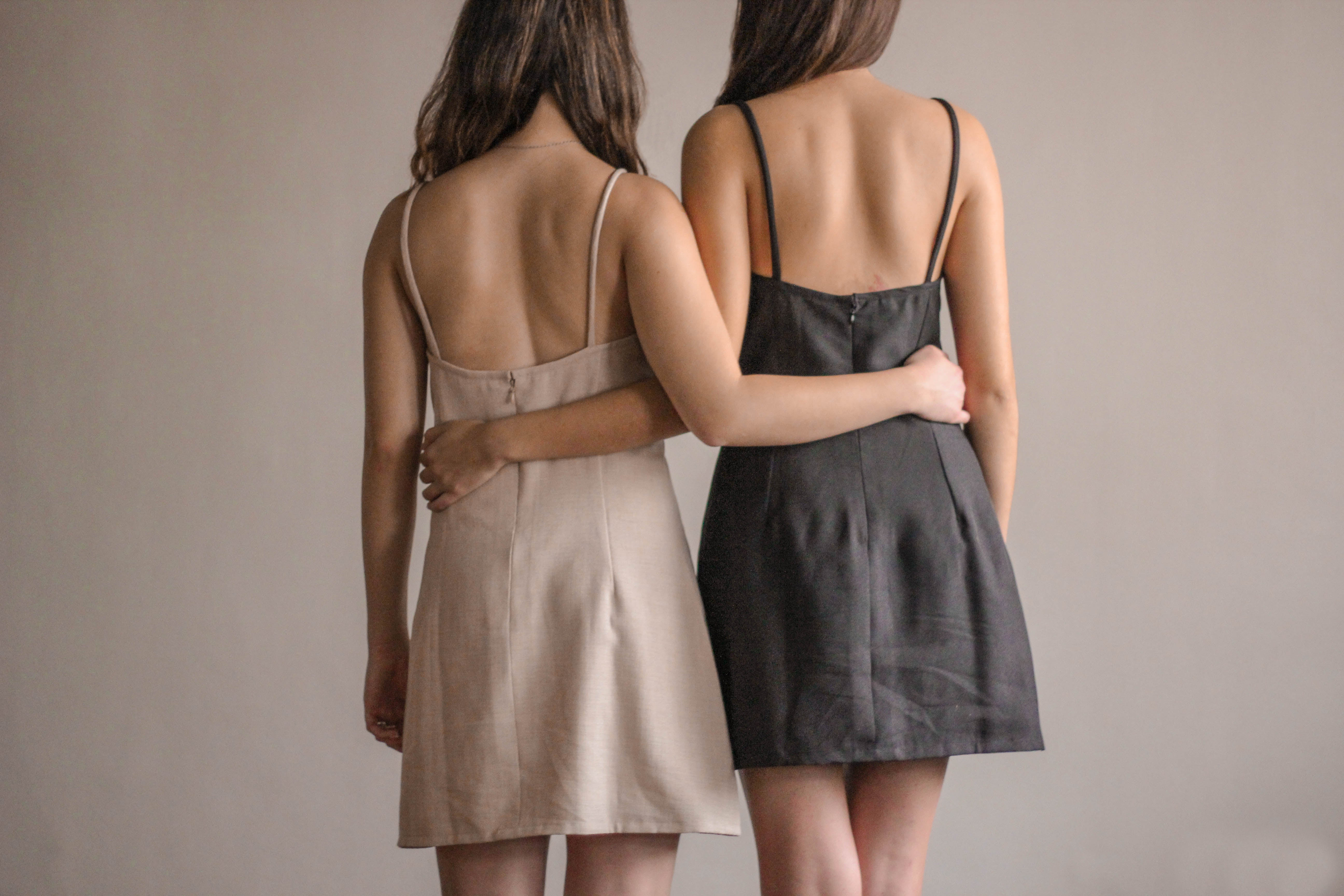 Simplé Dress in Charcoal