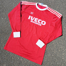 Load image into Gallery viewer, RARE COLLECTABLE Vintage 1980s Adidas Bayern Munich Home Shirt Made in West Germany.