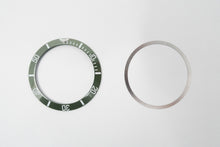 Load image into Gallery viewer, Bezel Insert Ceramic Fits For Rolex Submariner Hulk Green With Flat Tension