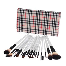Load image into Gallery viewer, 20pc Professional Tartan Brush Set