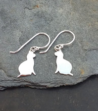 Load image into Gallery viewer, E563 - CAT SILHOUETTE EARRING