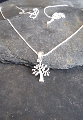 P511 - TREE OF LIFE PENDANT