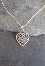 Load image into Gallery viewer, P594 - HEART WITH FLORAL DESIGN PENDANT