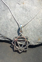 Load image into Gallery viewer, P668 - SOLAR PLEXUS CHAKRA PENDANT