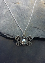 Load image into Gallery viewer, P714 - BEE PENDANT