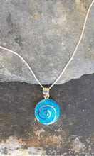 Load image into Gallery viewer, SP100 - ROUND BLUE , SILVER SWIRL PENDANT