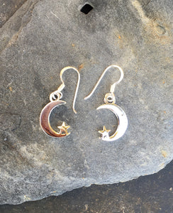 E590 - CRESCENT MOON & STAR EARRING