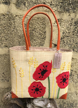 Charger l'image dans la galerie, Madaraff Raffia Bag – Small – Poppy Design
