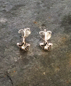 SS277 - SILVER STAR WITH CZ & BLACK ENAMEL STUD