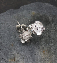 Load image into Gallery viewer, S100-SATIN FINISH FLOWER STUD