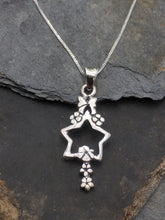 Load image into Gallery viewer, SP060-STAR & BOW DROP PENDANT