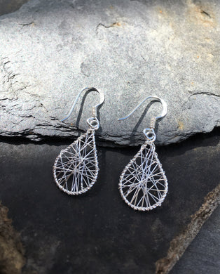 E096 WIRE WRAP TEARDROP EARRING