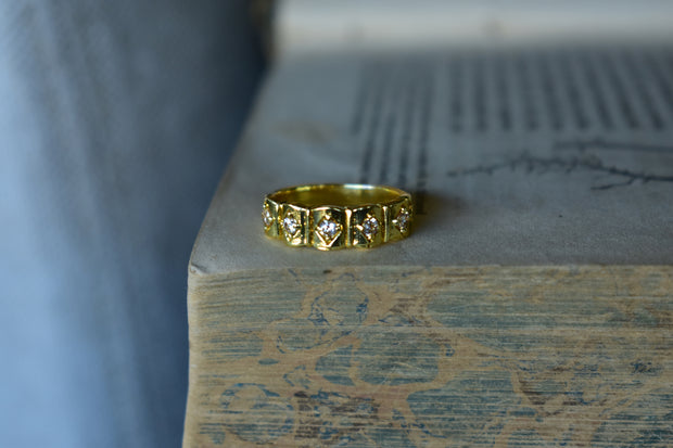 JEWEL RING