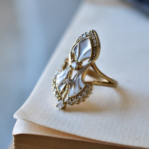 SERENDIPITY RING /// WHITE