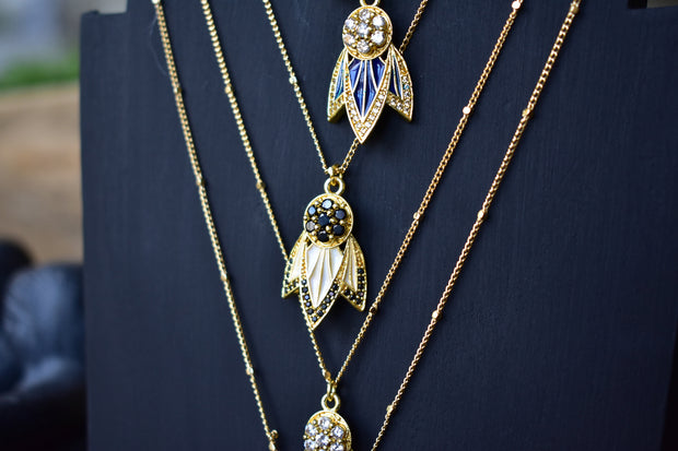 TIGER LILY NECKLACE /// LAPIS BLUE
