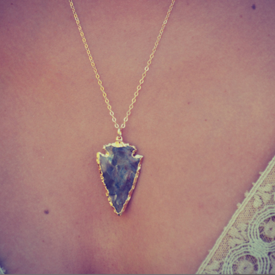 ARROWHEAD NECKLACE /// GOLD