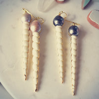 URSULA PEARL EARRINGS