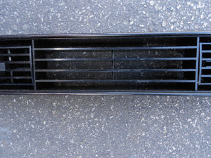 Center Dash Air Vent  76-91