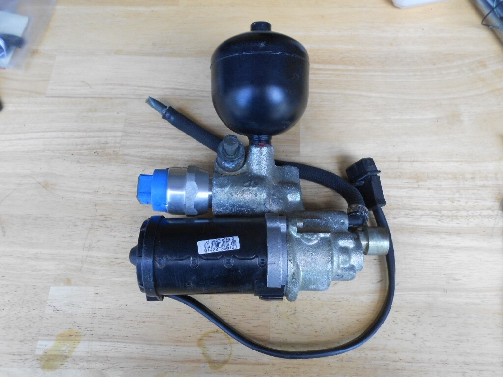ABS BRAKE CONTROL PUMP ACTUATOR ASSEMBLY 90 91 92 93 94 Part number 10051190231