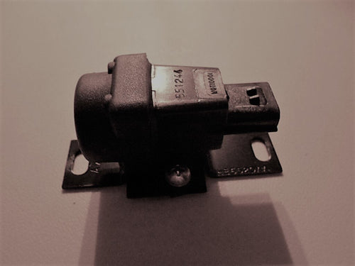 XJS Inertia Switch For 1995 & 1996 95, 96 LHE6520AA