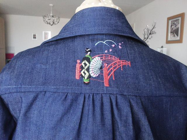 Denim shirt dress - plus embroidery !