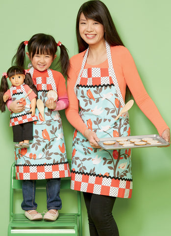 "Kwik Sew K0234 Misses'/Girls' and 18"" Doll Lined Aprons"