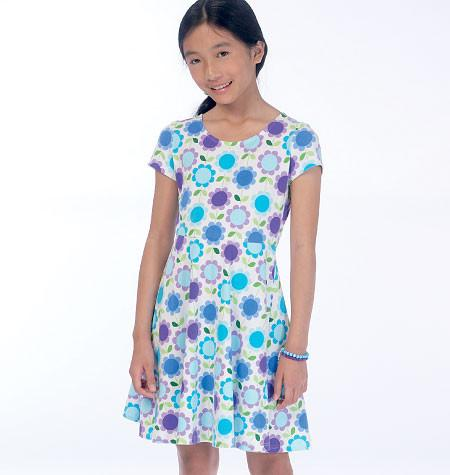 M7079 Girls'/Girls' Plus Dresses