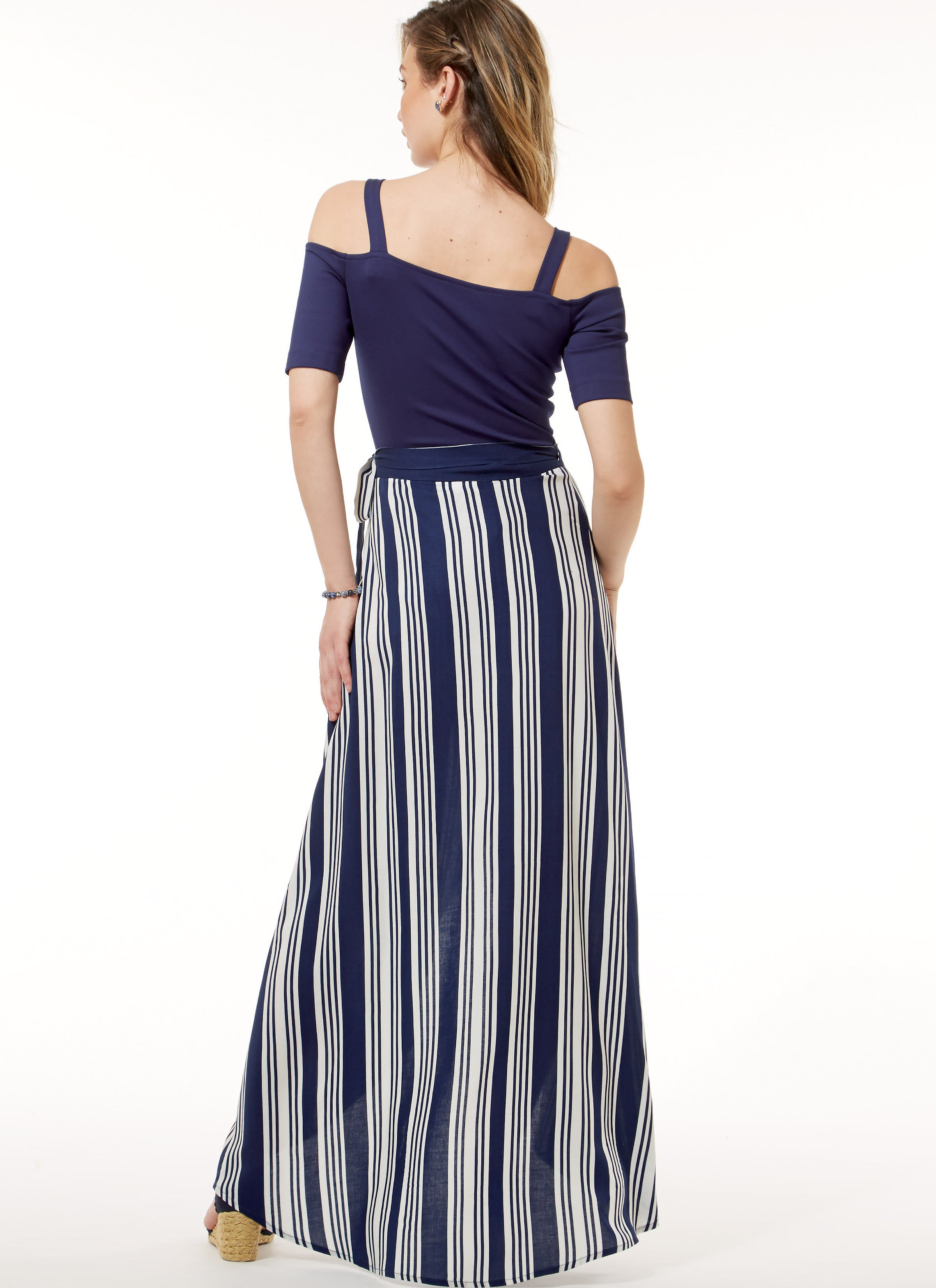 M7606 Off-the-Shoulder Bodysuits and Wrap Skirts