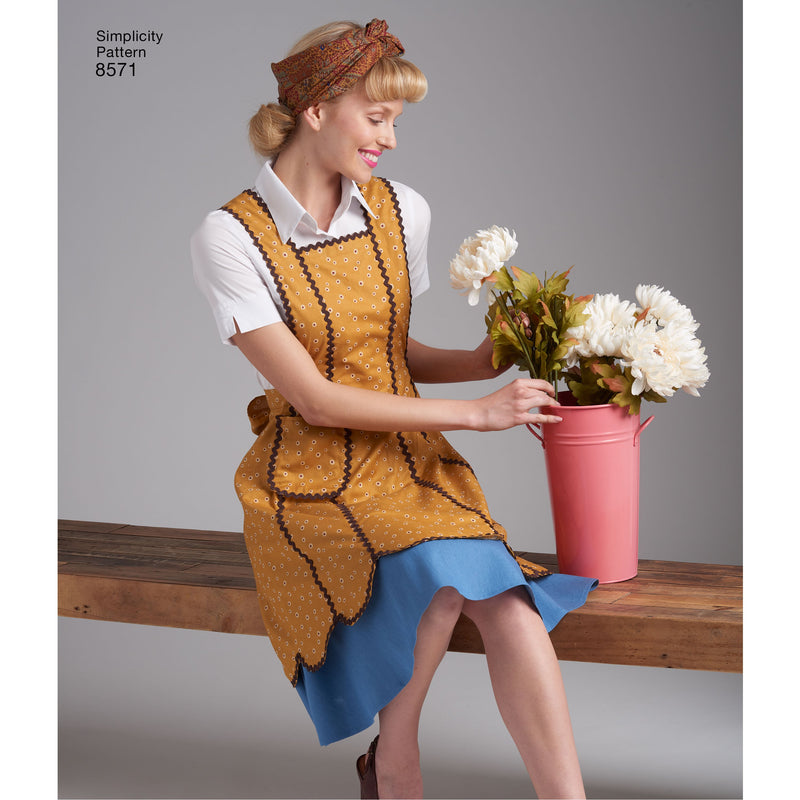 Simplicity Pattern 8571womens vintage aprons