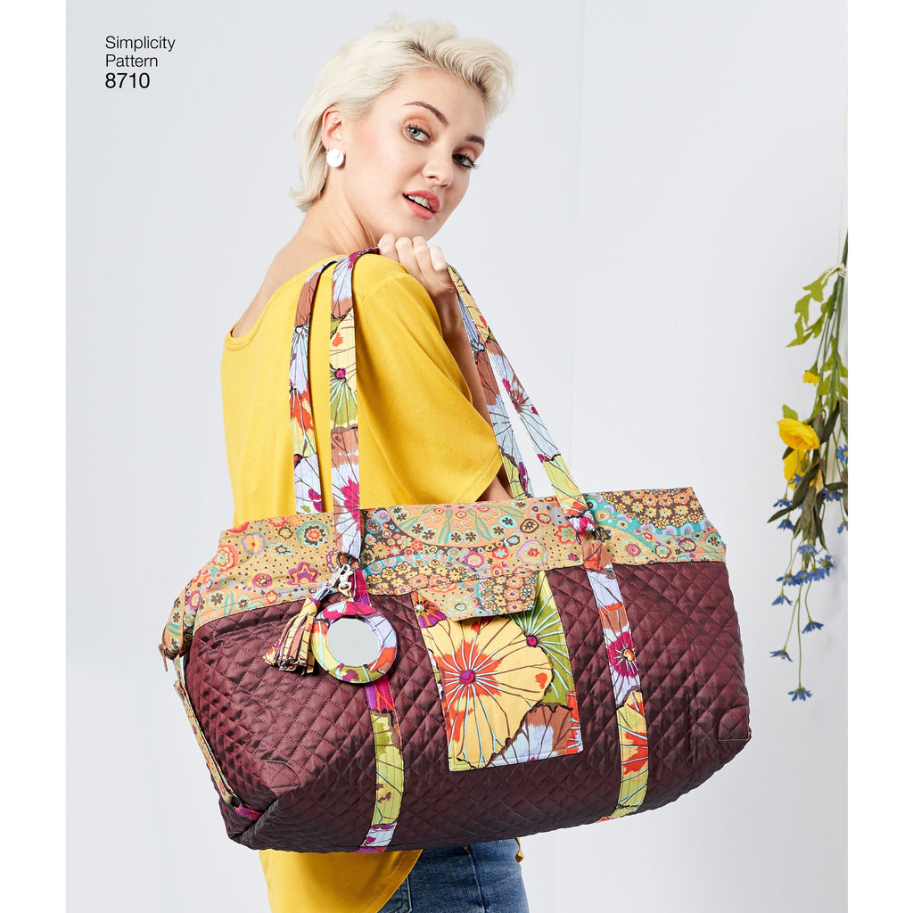 Simplicity Pattern 8710 luggage bags