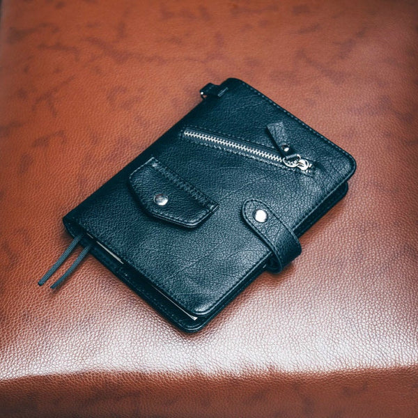 A6 Hobo-Style Personal Planner with Vintage Leather and Refillable Notebook