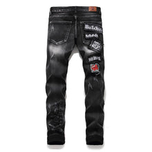 "Load image into Gallery viewer, ""KING"" WASH FRAYED SKINNY JEANS"